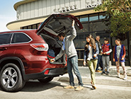2014 Highlander Hybrid Limited - Open Liftgate