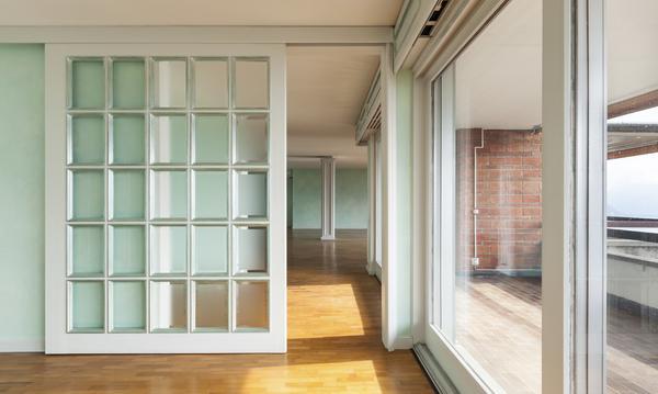 Sliding Glass Doors: Brighten Up Your Home!