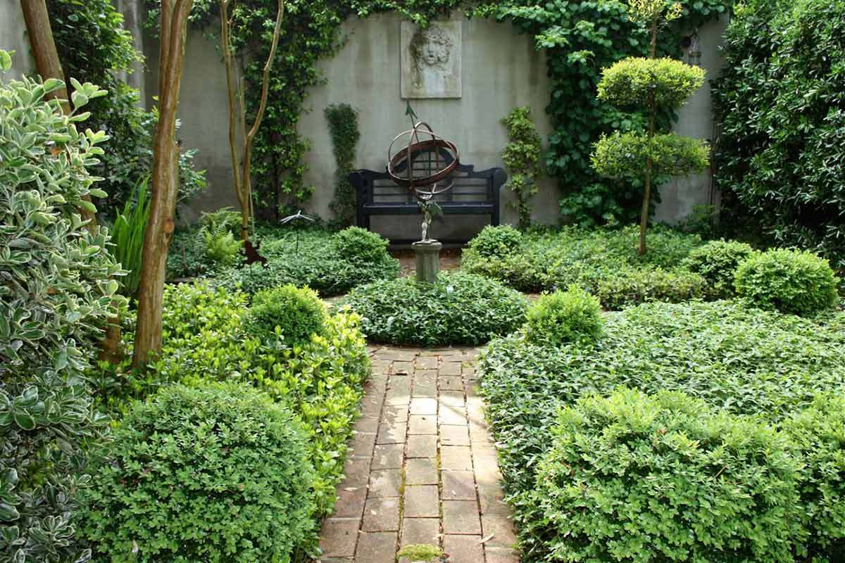 7 Beautiful Home Garden Pictures