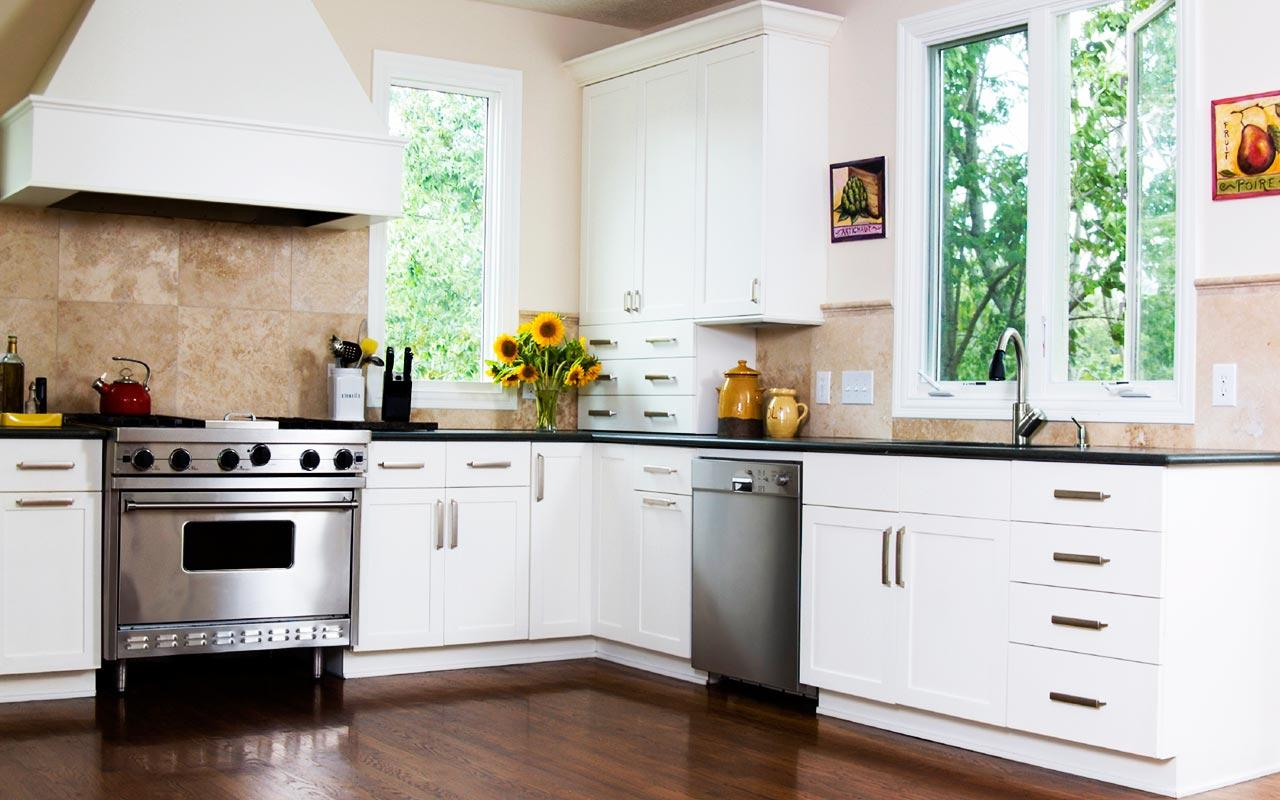 How to Choose Custom Cabinets and Countertops for Your Home