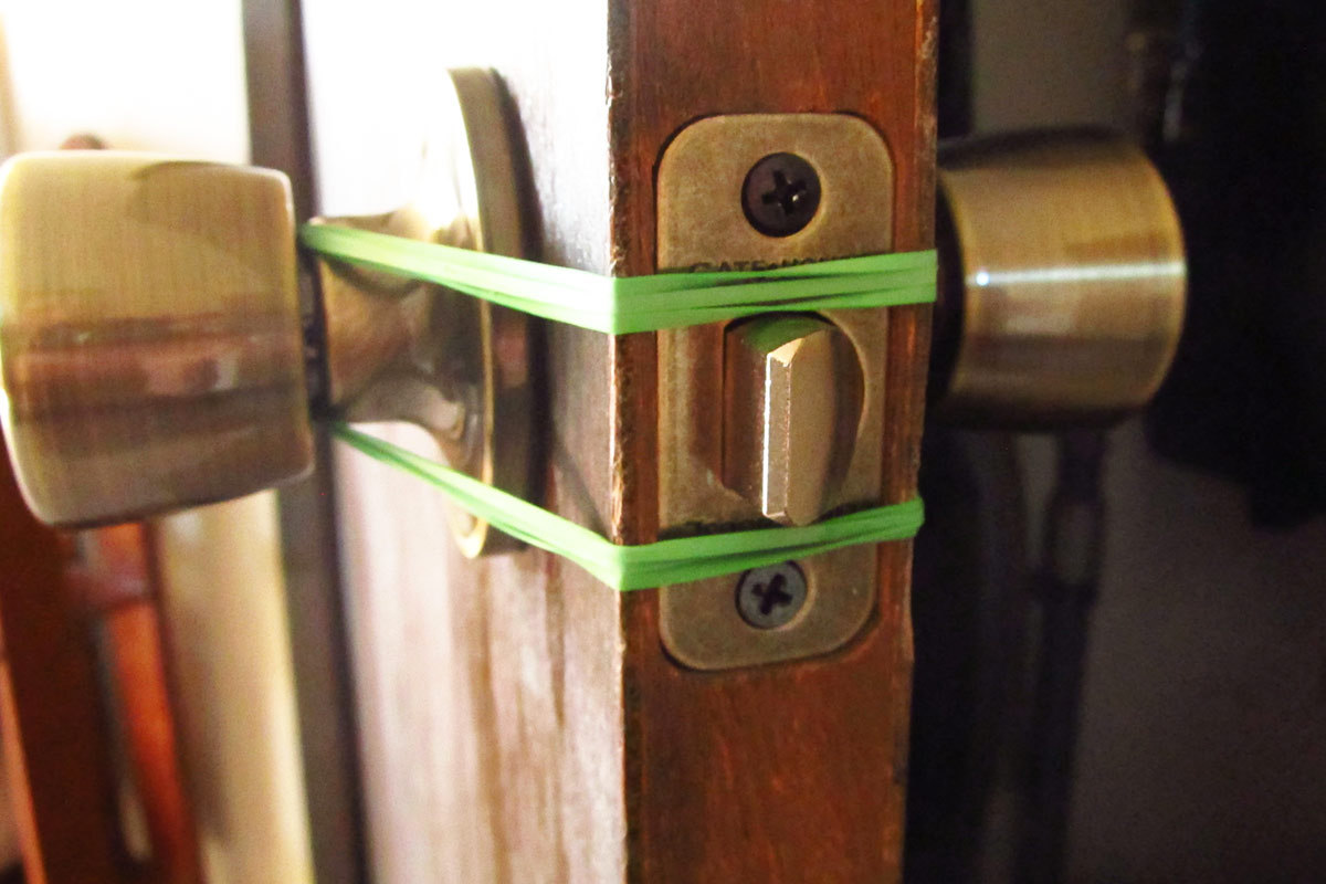 2. Make Sure It Doesn\u0027t Interfere With Latches & How to Stop a Door From Slamming in 3 Quick Steps Pezcame.Com