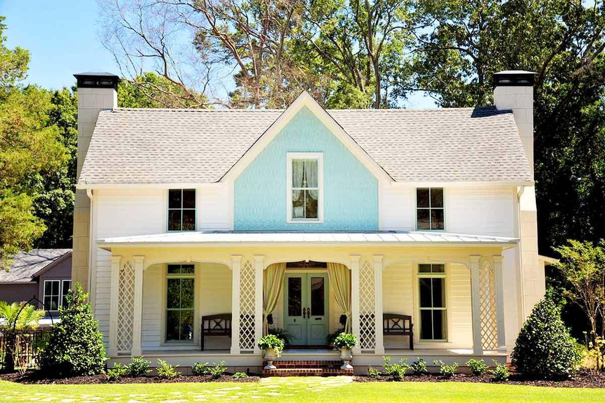 4 classic luxury homes in atlanta georgia for Old house classics