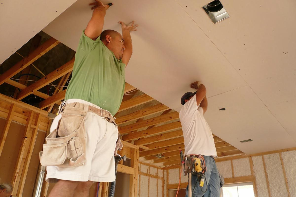 Learn how to hang drywall like a pro in 9 easy steps 1 have a helper dailygadgetfo Choice Image