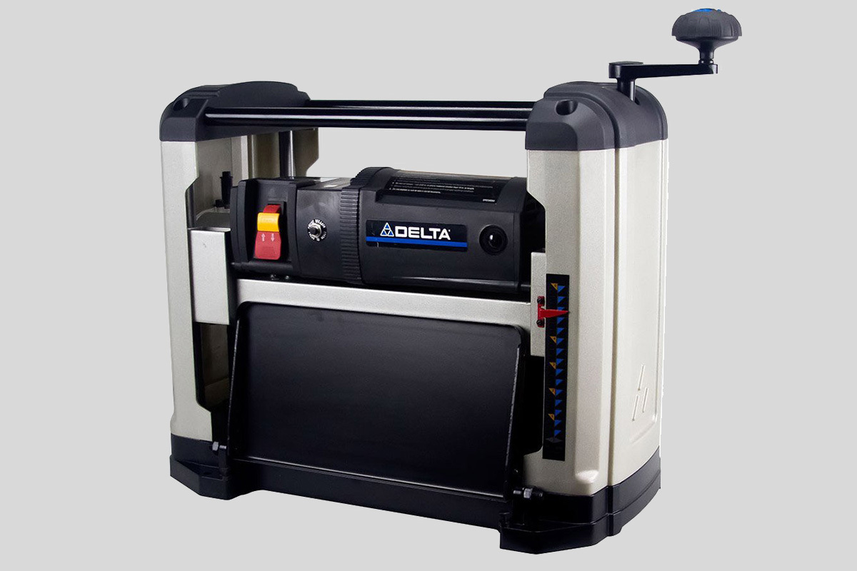 Delta 22-555 Portable Thickness Planer Review