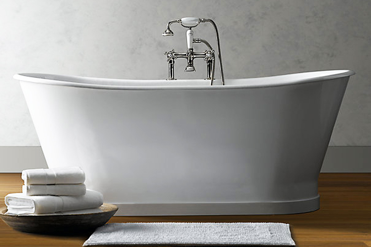 5 free standing bath tubs for a sleek bathroom for Cast iron vs acrylic tub