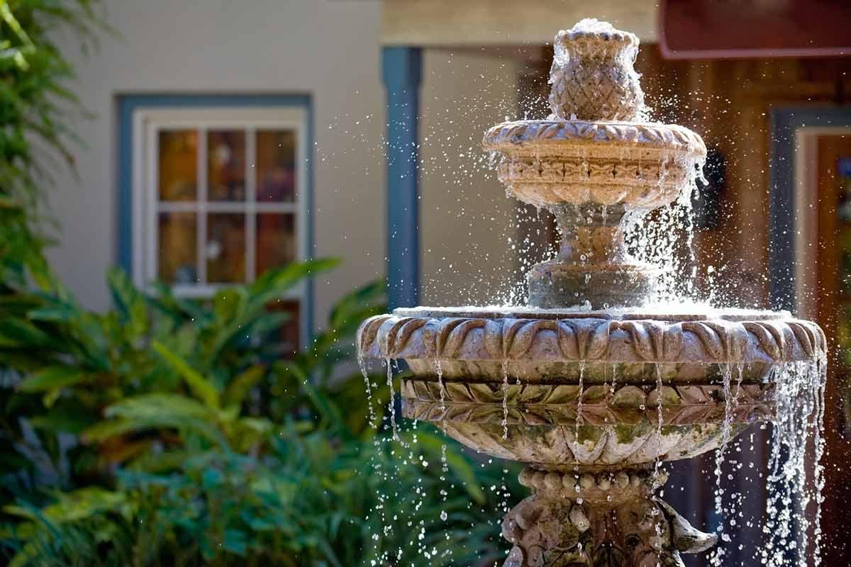 Reasons to hire on a Water Feature Contractor