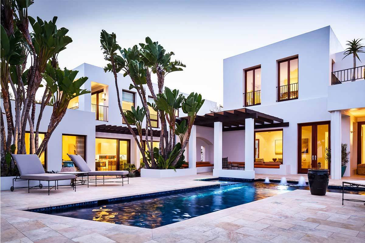 5 beautiful luxury homes in santa barbara california for Beautiful luxury houses