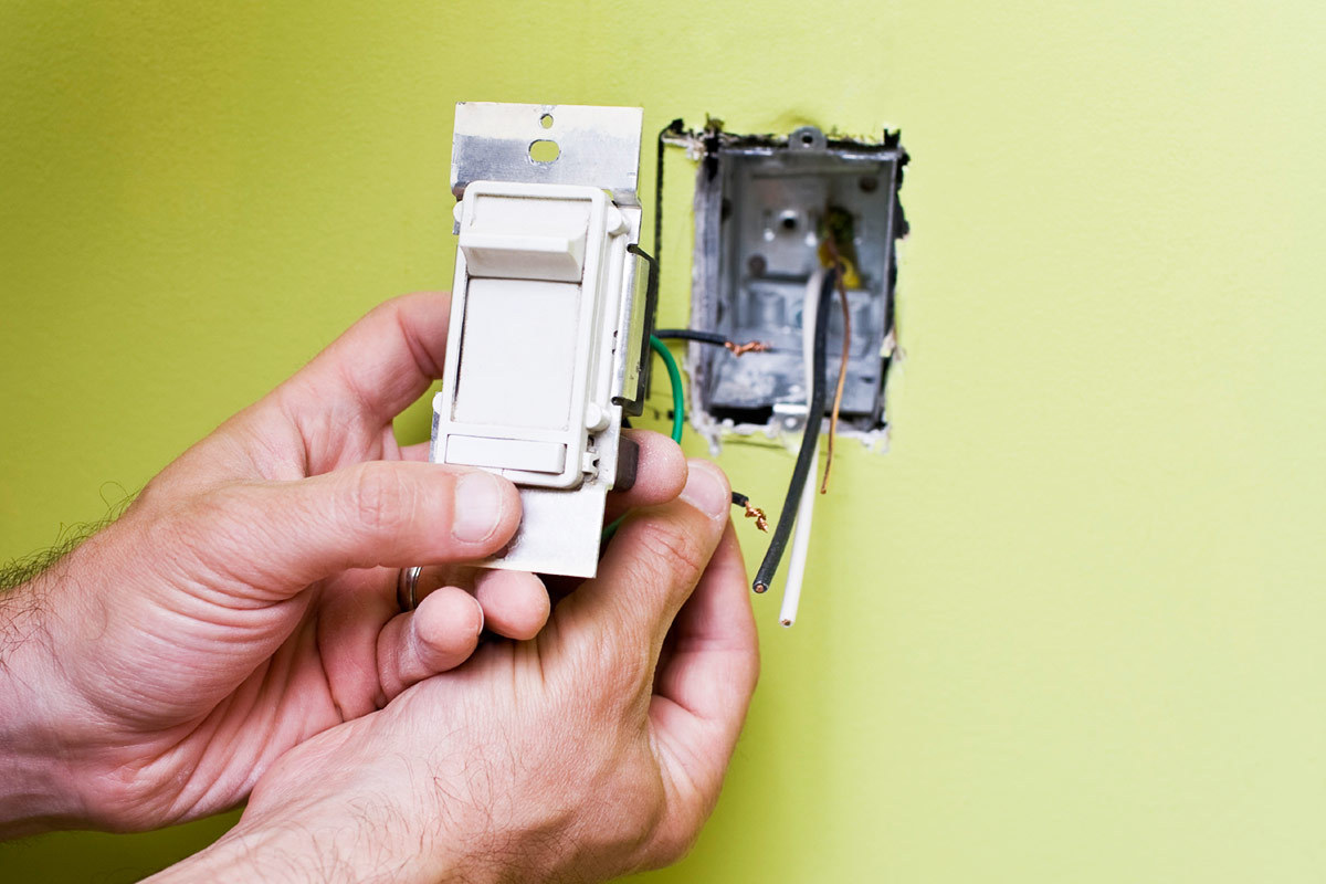 How to Replace a Light Switch in Only 6 Steps