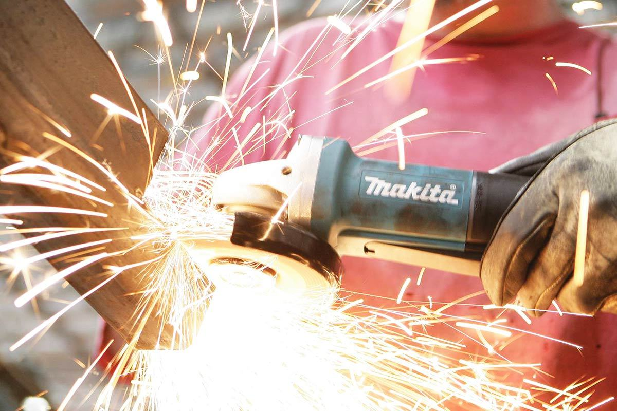 Makita 9557PB Angle Grinder Review