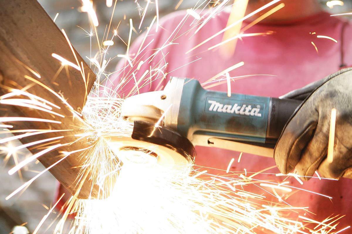 Makita 9557PB Angle Grinder Review