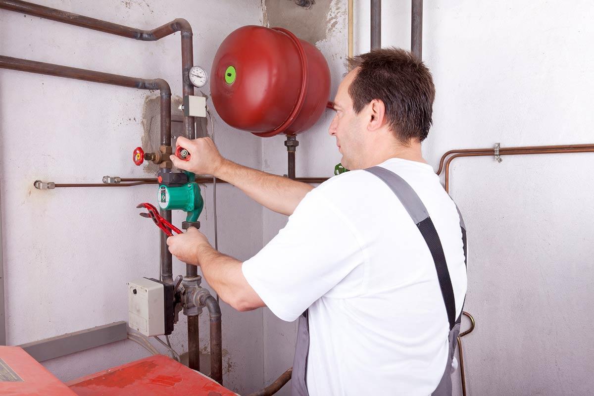 Install a Heat Pump: Heat Pump Contractors