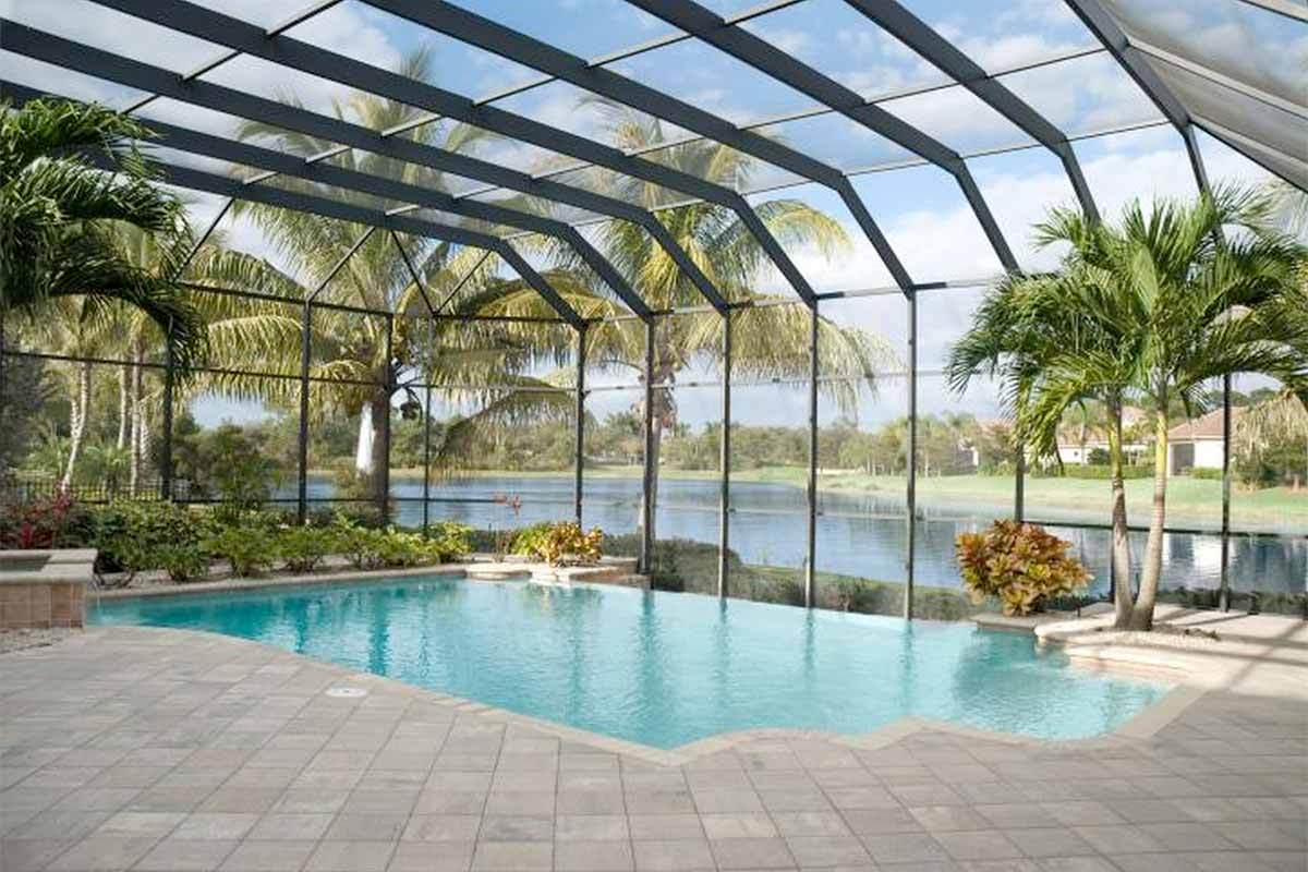 7 swimming pool designs that 39 ll make a splash in your home for Enclosed swimming pool designs