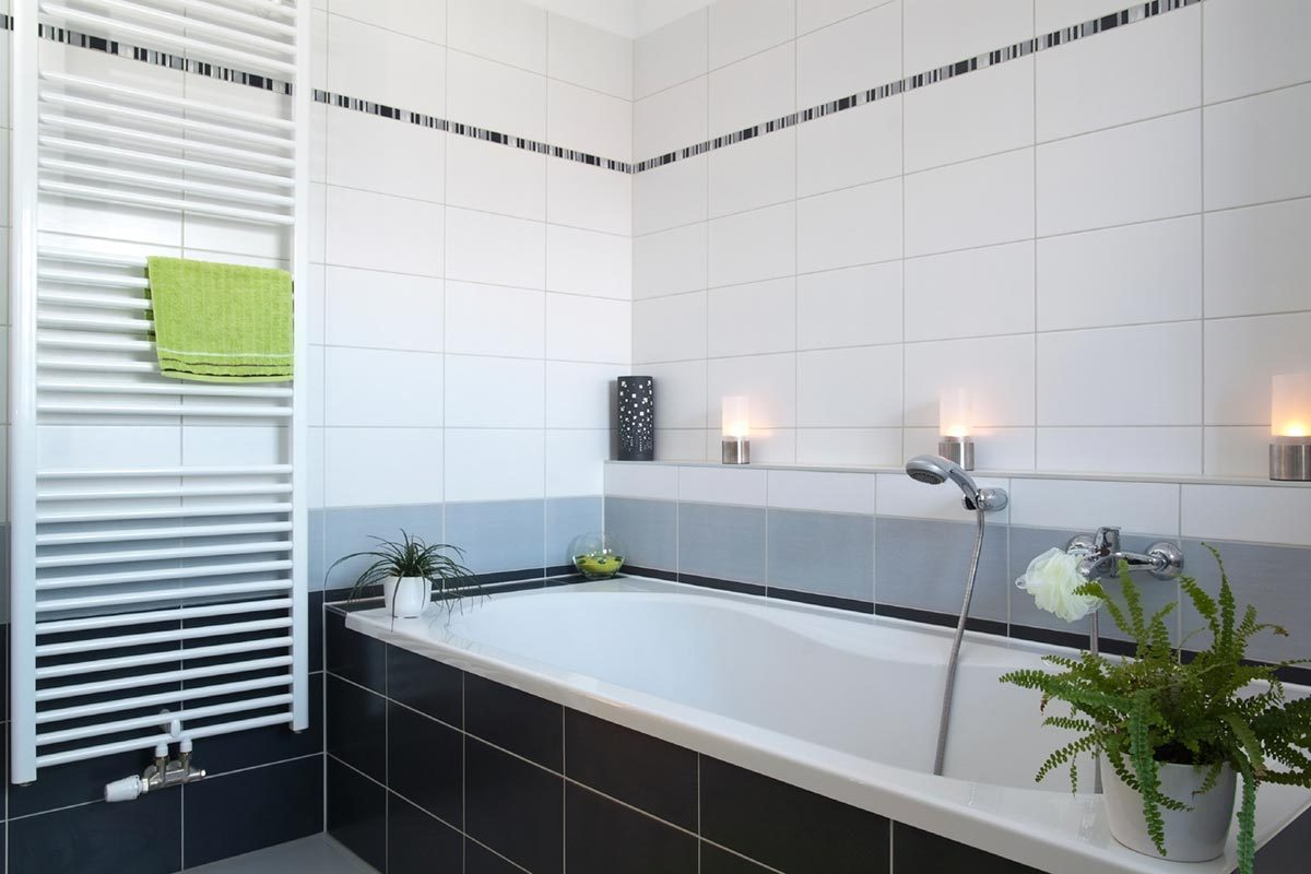 Border bathroom tiles ideas - Stripes Borders And Accents Many People Tile Their Bathroom