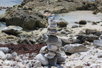 Rock_sculpture_on_the_beach