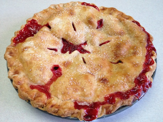 Strawberry Double Crust Pie by car2ngrl