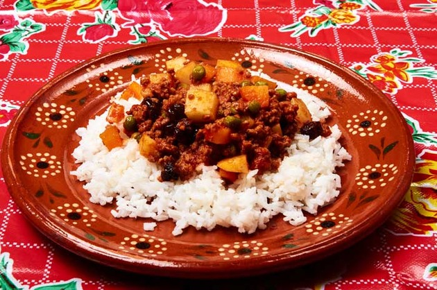 Picadillo on Rice by MexFoodJournal