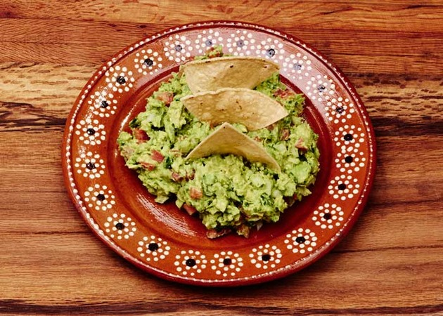 Mexican Guacamole by MexFoodJournal