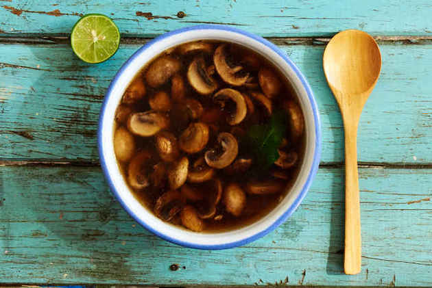 Easy Mushroom Soup by MexFoodJournal