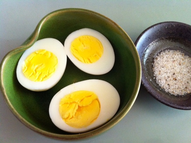 Perfect Hard-Boiled Eggs by belinda
