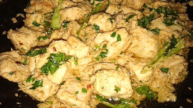 Chicken White Karahi by punjabidesifoods