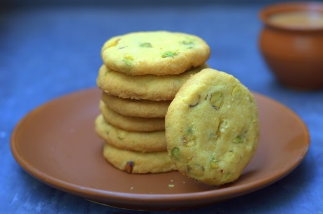 EASY EGGLESS BUTTER COOKIES WITH 50% ATTA! by KanikaKatyal