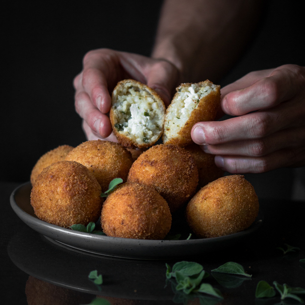Arancini Balls Recipe with Tomato and Red Pepper Dipping Sauce by Blogtastic Food