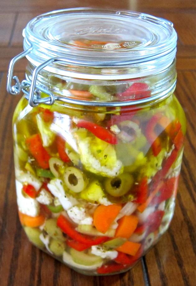 Giardiniera (Italian Pickled Veggies) Recipe | Cookooree