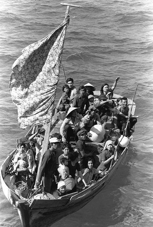 many immigrants seek political asylum in the united states of america Refugees of the south:  they seek safe haven in the united states,  war in nicaragua and granted nicaraguan immigrants political asylum from the marxist.
