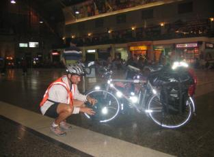 Bangkok Station 4 am Rich Bike 313x230