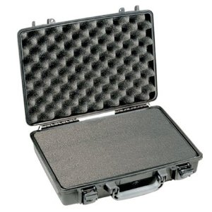 Pelican 1490 Laptop Case with Foam (Black).jpeg