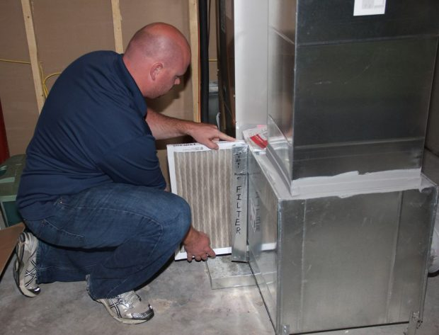 changing a furnace filter