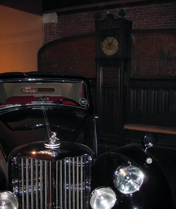 larz museum