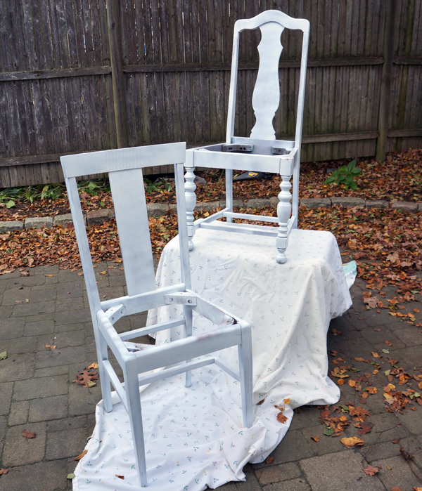 primed chairs