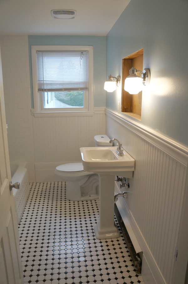 w9 bathroom