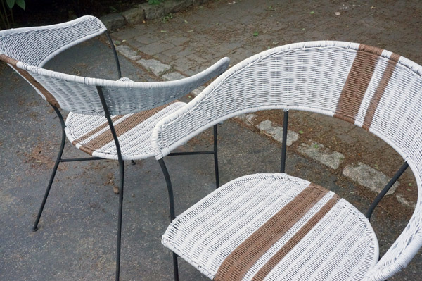 racer-stripe-chairs