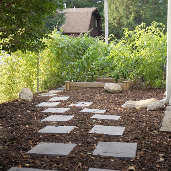 veggie-garden-path2