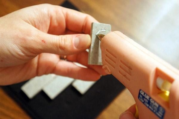 glue-gun-tile