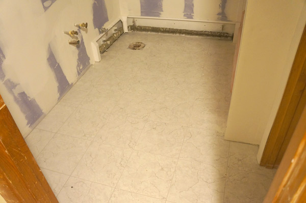 w8-bathroom-floor