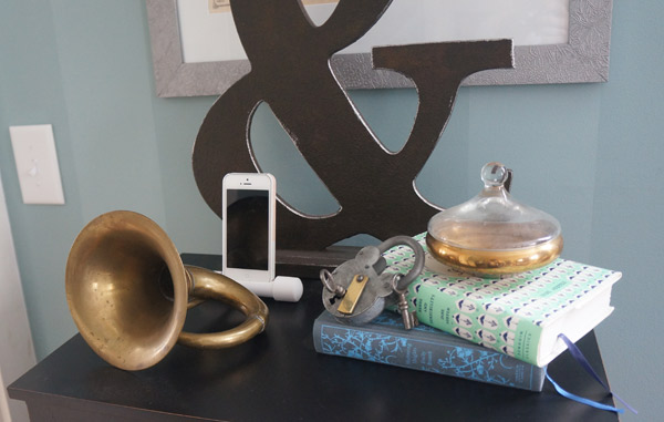antique horn iphone amplifyer