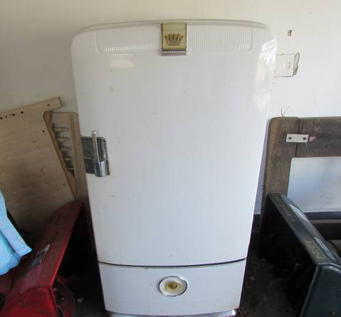 craiglist antique fridge