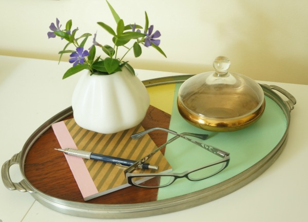 Color blocked deco wood tray via Year of Serendipity