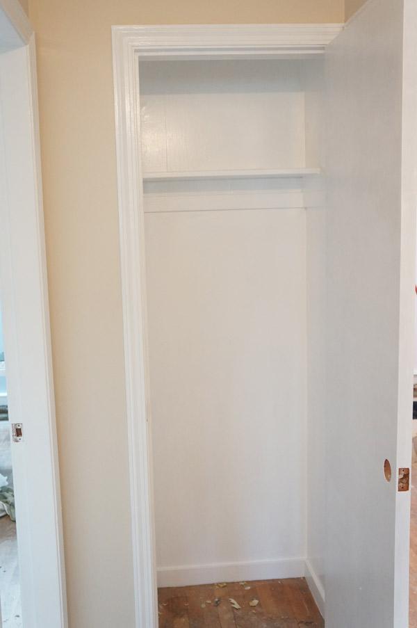 w7-hall-closet