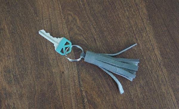 DIY-leather-tassle-key-chain