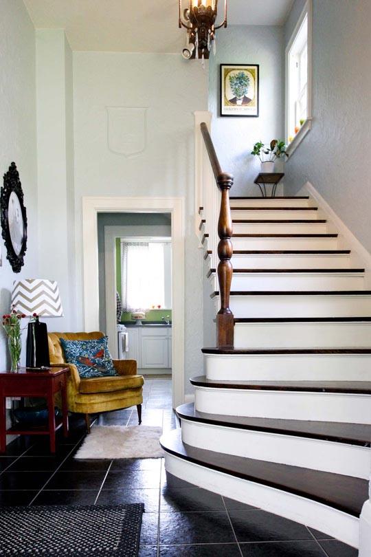pineapple stairs
