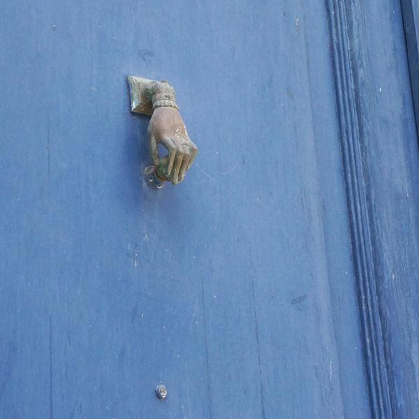blue-bordeaux-door-knocker