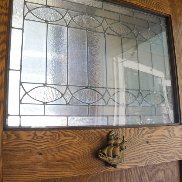 Millie the fliphouse leaded textured glass door via Year of Serendipity