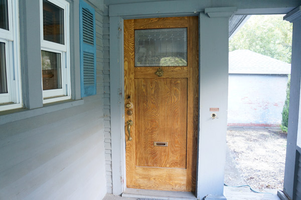 Millie the flip house week 4 front door