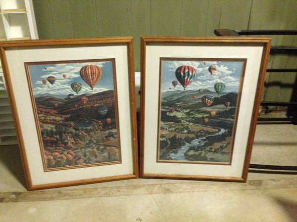 CL hot air balloon art