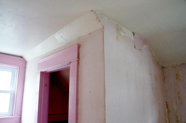 millie-w6-pink-room