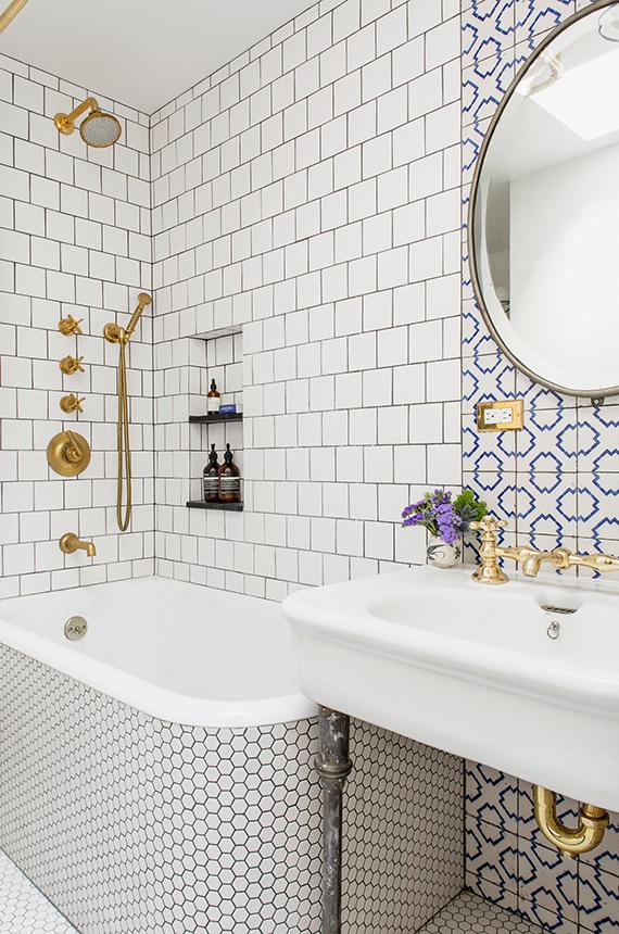 eclectic-amazing-batgroom-tiles-elizabeth-roberts-2